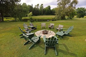 @Firepit_Adirondack-Chairs